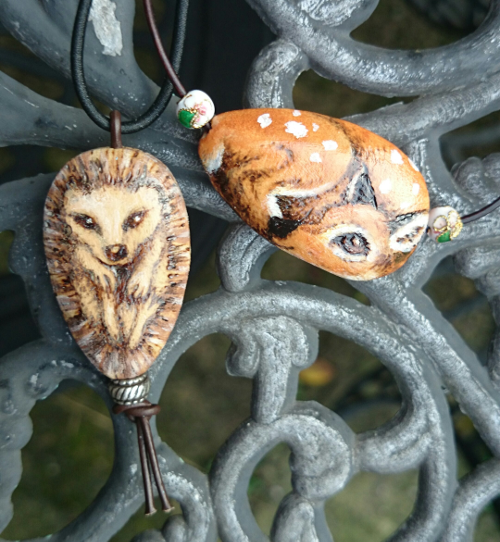 Fawn and hedgehog pendants